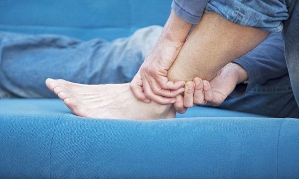 درمان خانگی گزگز پا
