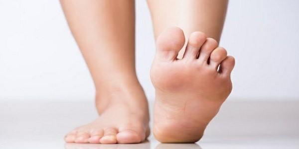 درد کف پا نشانه چیست؟